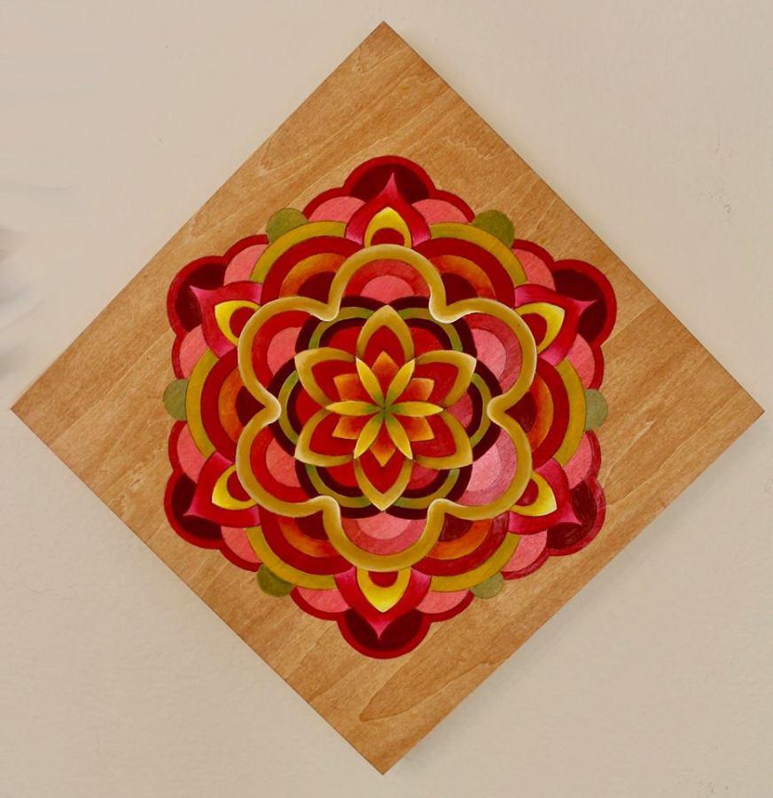 Mandala in red tones. Acrylyc 12×12 inches on cradledwood.
